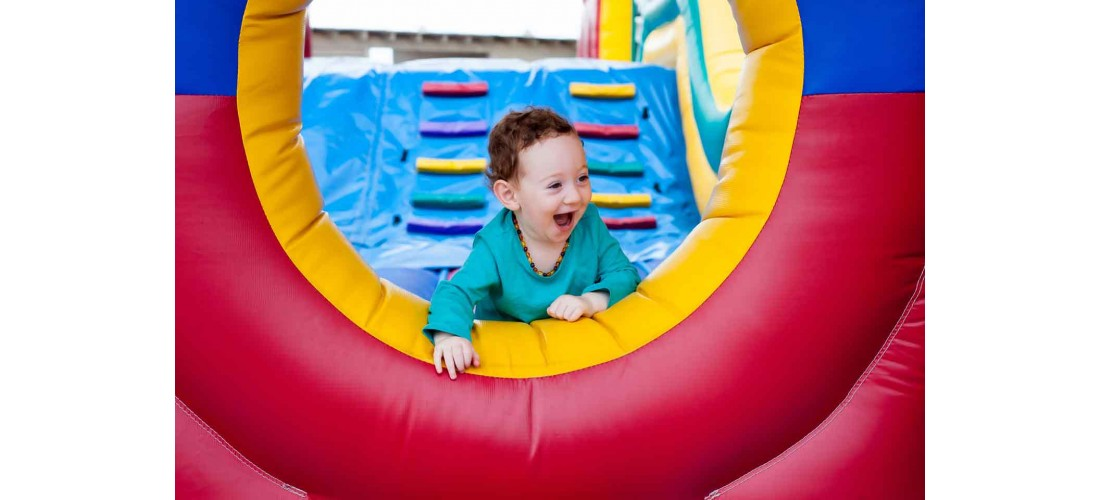 Top 5 Tips to Keep Your Kids Safe in a Bounce House