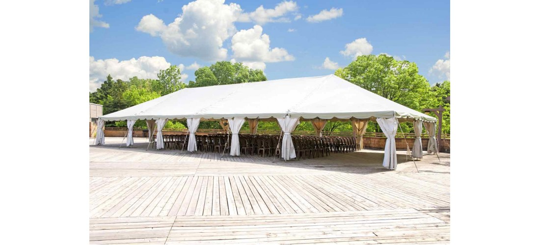 Tenting 101: Choosing the Right Tent for Your Party in Miami
